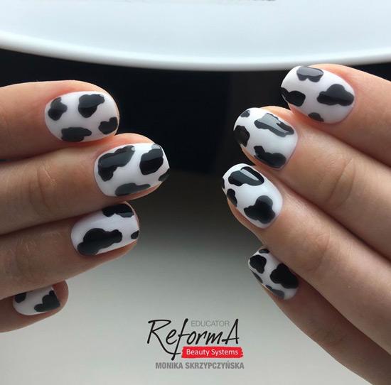 krowie wzory na paznokciach